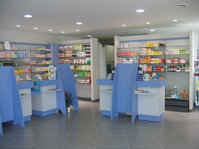 Nos r alisations equipproagencement for Agencement pharmacie meuble