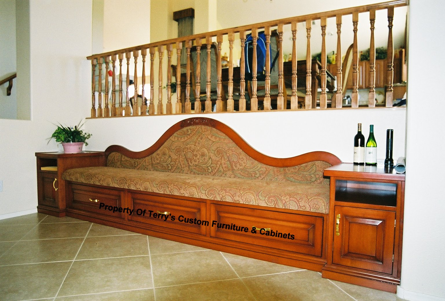 Fancy European Designed Bench With Storage Maple Wood