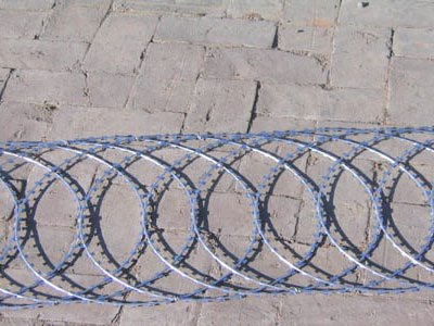 Example for razor wire flat wrap, security fence application