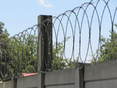 Flat_Wrap_Razor_Wire_Fence_Application_In_Villa_District