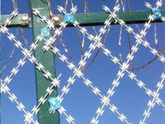 welded_razor_wire_fence_installation_and_benefits_in_anping